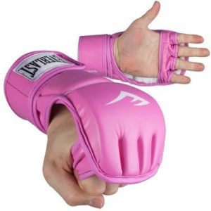 women kickboxing gloves